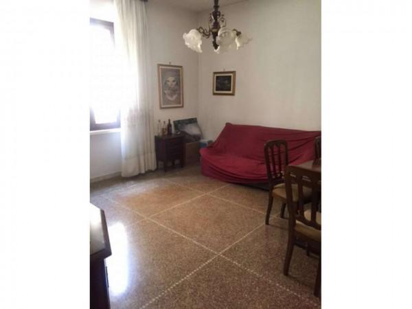 Appartamento in vendita a Roma, Colli Albani, 75 mq