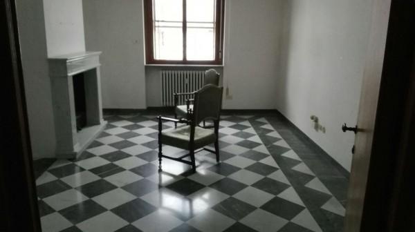 Appartamento in vendita a Alessandria, Pista, 130 mq
