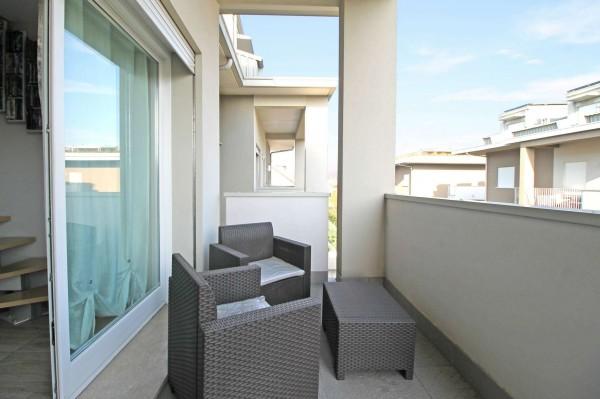 Appartamento in vendita a Treviglio, Est, 88 mq