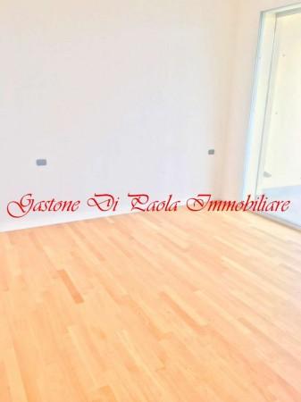 Appartamento in vendita a Milano, Con giardino, 156 mq
