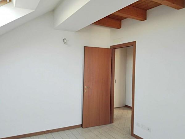 Appartamento in vendita a Vedano al Lambro, Parco, 113 mq - Foto 9