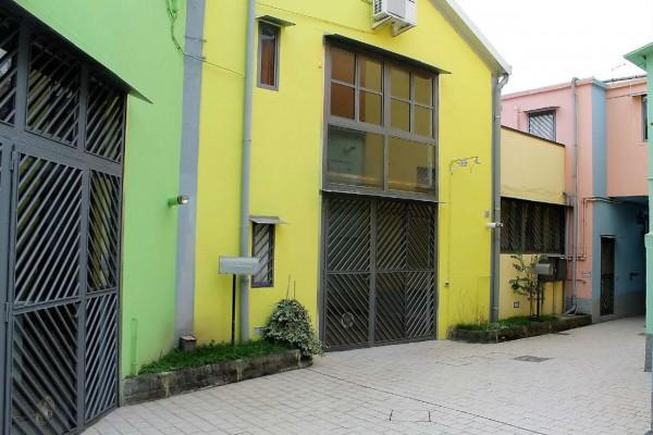 Locale Commerciale  in vendita a Milano, 90 mq - Foto 19