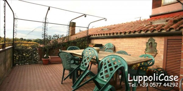 Appartamento in vendita a Siena, 145 mq
