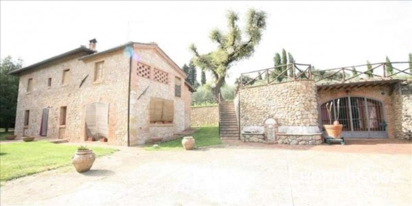 Villa in vendita a Sovicille, Con giardino, 270 mq