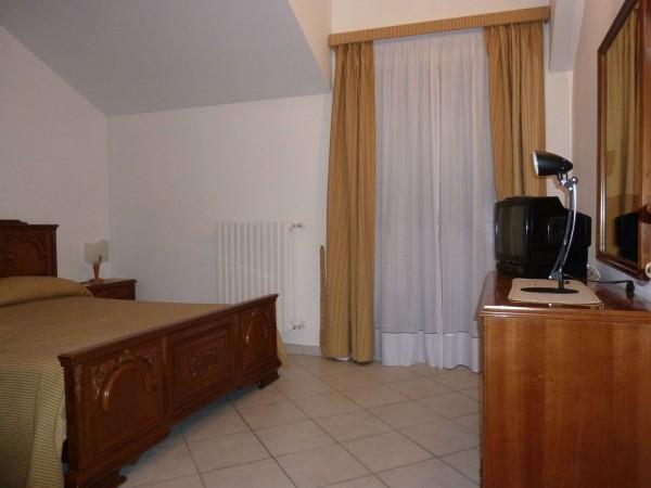 Villetta a schiera in vendita a Venaria Reale, Gallo Praile, Con giardino, 330 mq - Foto 17