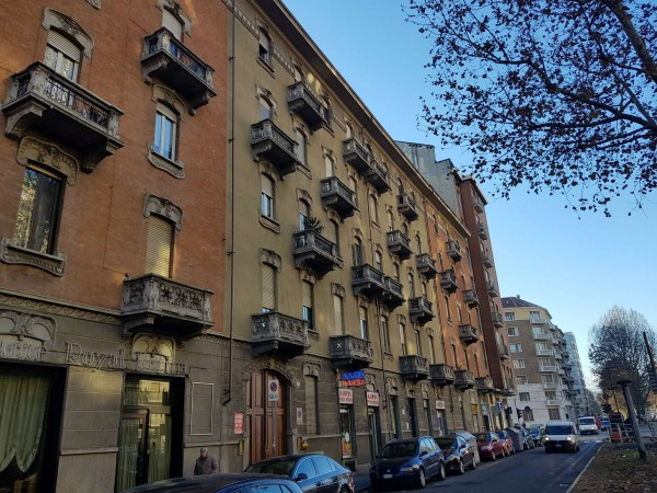 Appartamento in vendita a Torino, San Donato, Arredato, 130 mq