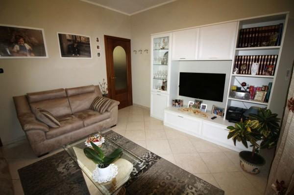 Appartamento in vendita a La Cassa, Centro, 79 mq