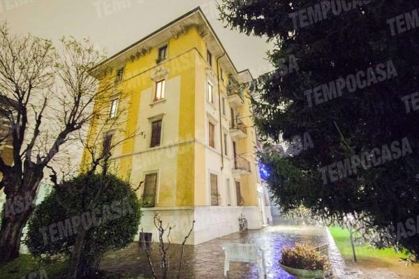 Appartamento in vendita a Milano, Affori Centro, Con giardino, 75 mq