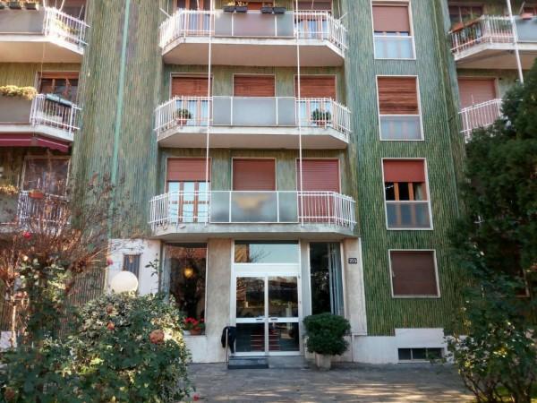 Appartamento in affitto a Milano, Con giardino, 136 mq