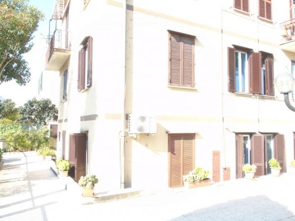 Appartamento in vendita a Roma, Statuario, Con giardino, 77 mq - Foto 2