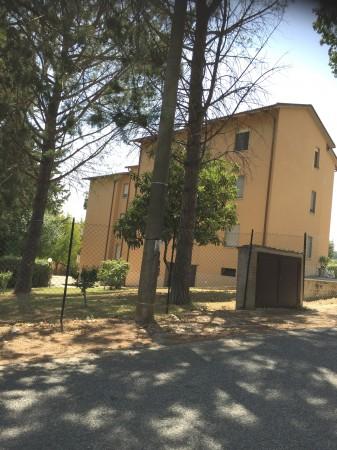 Appartamento in vendita a Spoleto, Loc. Morgnano, 120 mq
