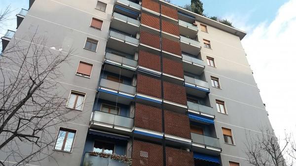Appartamento in vendita a Milano, Con giardino, 85 mq