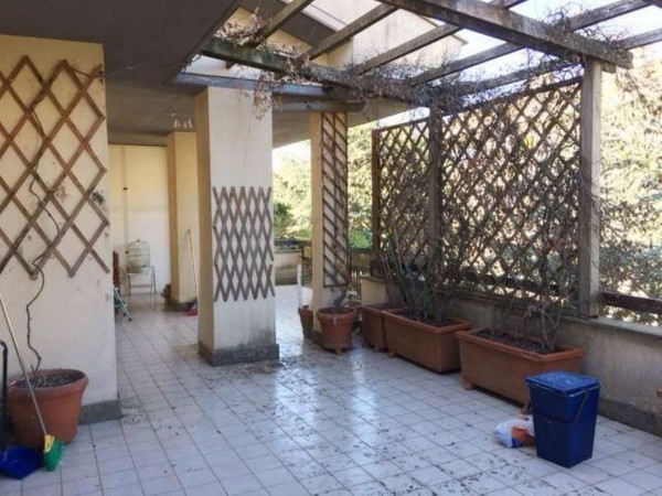 Appartamento in vendita a Capranica, 118 mq