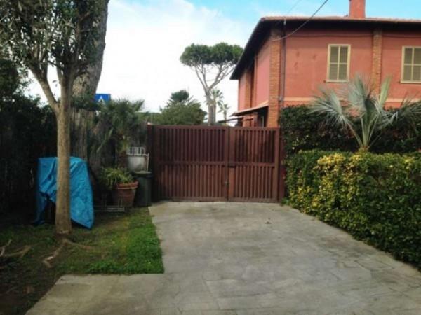 Villa in vendita a Fiumicino, Fregene, Con giardino, 120 mq