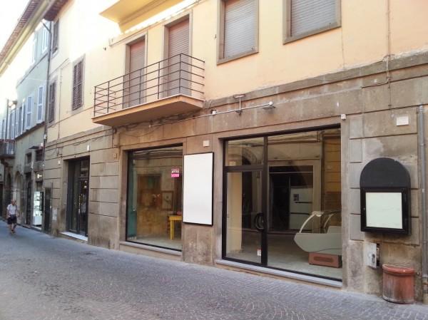 Locale Commerciale  in affitto a Viterbo, Centro Storico, 250 mq - Foto 10