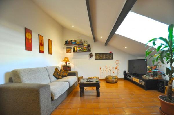 Appartamento in vendita a Genova, Sestri Ponente, 65 mq