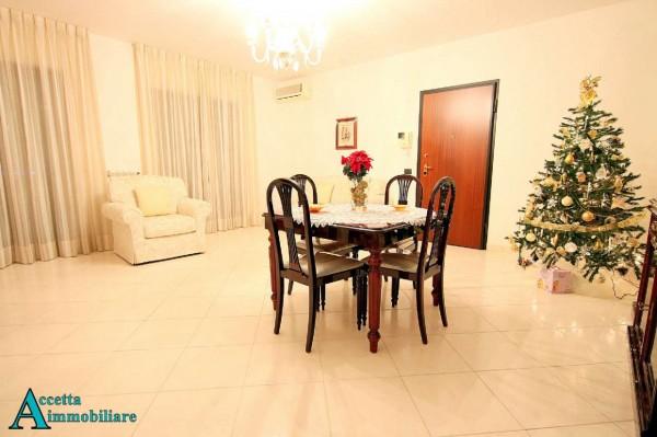 Appartamento in vendita a Taranto, Residenziale, 107 mq