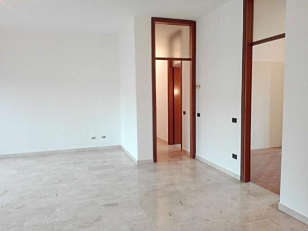 Appartamento in vendita a Verano Brianza, Centro, Con giardino, 125 mq - Foto 9
