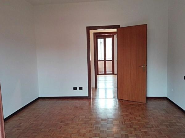 Appartamento in vendita a Verano Brianza, Centro, Con giardino, 125 mq - Foto 17