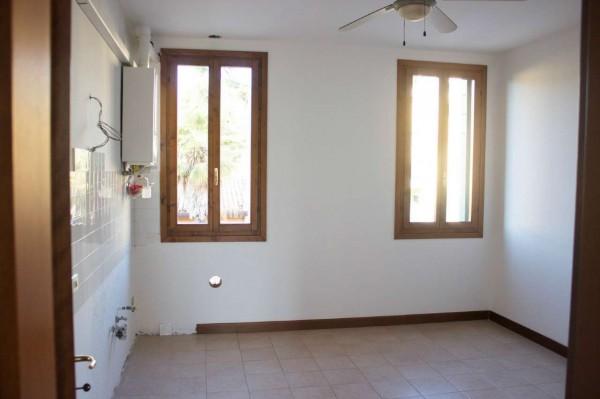 Appartamento in vendita a Padova, Sacra Famigli, Arredato, con giardino, 70 mq - Foto 4