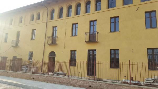 Appartamento in affitto a Rivalta di Torino, Con giardino, 70 mq