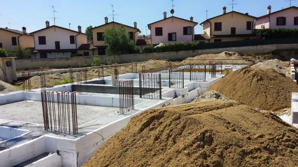 Villetta a schiera in vendita a Sant'Angelo Lodigiano, Residenziale A 5 Minuti Da Sant'angelo, Con giardino, 162 mq