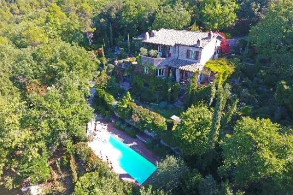 Villa in vendita a Campello sul Clitunno, Con giardino, 170 mq
