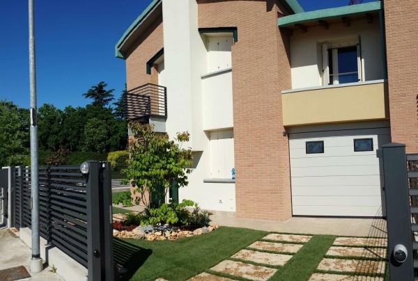Villetta a schiera in vendita a Borghetto Lodigiano, Residenziale, Con giardino, 171 mq