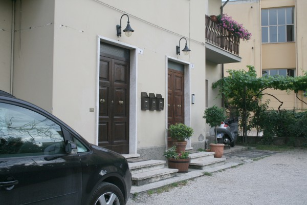 Appartamento in affitto a Spoleto, Centro, Con giardino, 100 mq