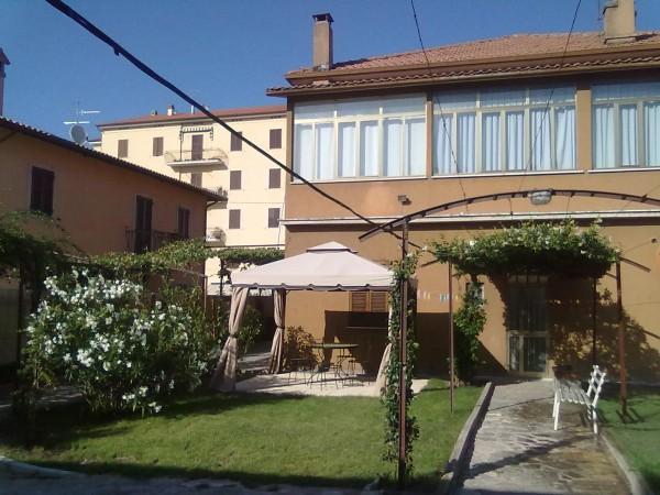 Casa indipendente in vendita a Spoleto, Centro, Con giardino, 188 mq - Foto 4