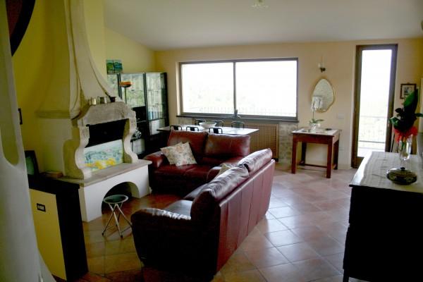 Villa in vendita a Spoleto, A 4 Km Da Spoleto, Con giardino, 220 mq