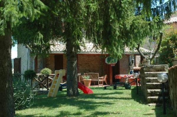 Rustico/Casale in vendita a Spoleto, Frazione Di Spoleto, Con giardino, 100 mq - Foto 8