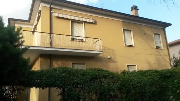 Casa indipendente in vendita a Spoleto, Centro, Con giardino, 220 mq