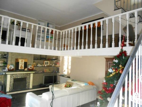 Casa indipendente in vendita a Genova, Adiacenze Via Serra Di Bavari, Con giardino, 140 mq