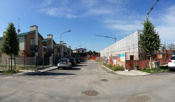 Villetta a schiera in vendita a Melegnano, Residenziale A 20 Minuti Da Melegnano, Con giardino, 171 mq
