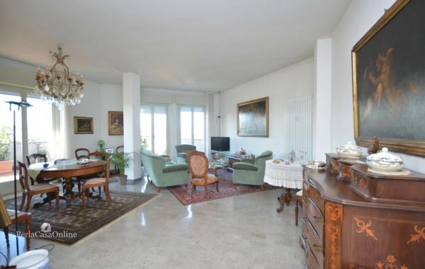 Appartamento in vendita a Forlì, Medaglie D'oro, Con giardino, 200 mq - Foto 1