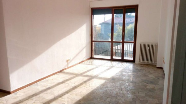 Appartamento in vendita a Monza, San Gerardo, Con giardino, 65 mq