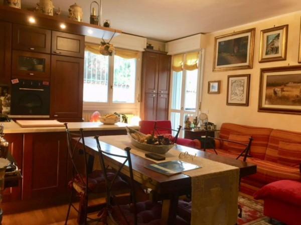 Appartamento in vendita a Monza, Cazzaniga, Con giardino, 75 mq