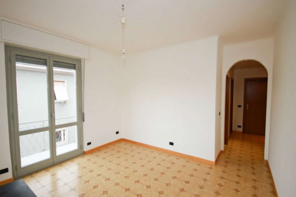 Appartamento in vendita a Monza, San Giuseppe, Con giardino, 65 mq