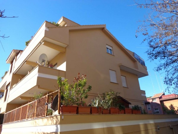 Appartamento in vendita a Roma, Belvedere Montello, 80 mq