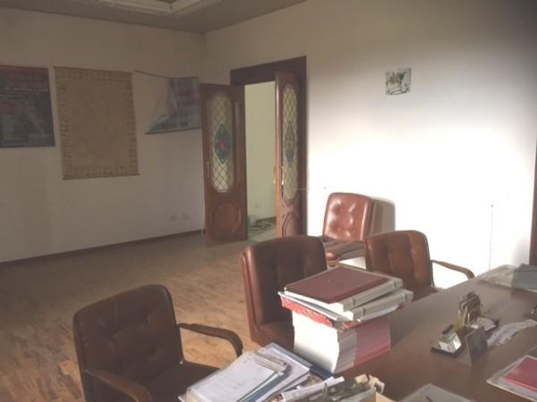 Ufficio in vendita a Campello sul Clitunno, Via Del Tempietto, 95 mq