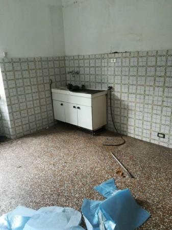 Appartamento in vendita a Recco, 95 mq