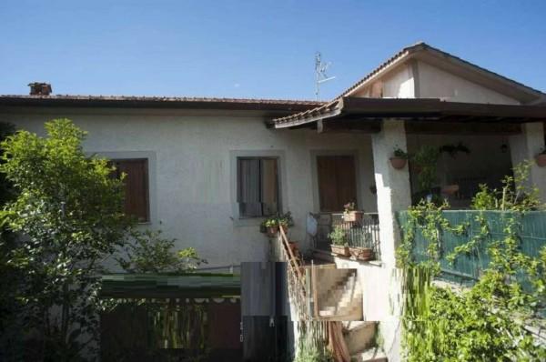 Villa in vendita a Genzano di Roma, 185 mq