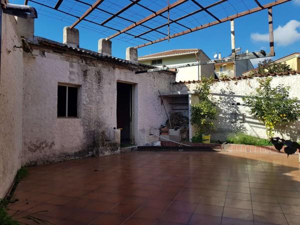 Casa indipendente in vendita a Soleminis, Centrale, Con giardino, 121 mq