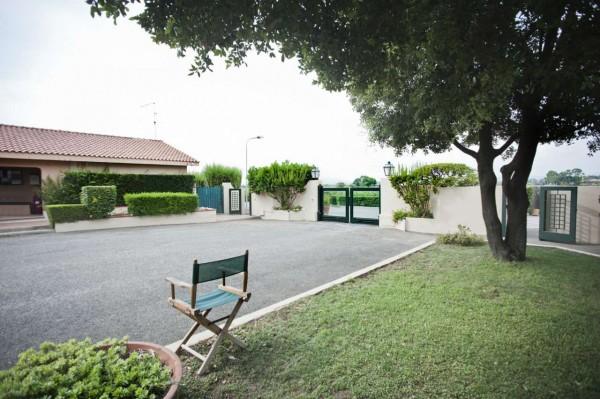 Villetta a schiera in vendita a Montalto di Castro, Foce Vecchia, Arredato, con giardino, 70 mq - Foto 2