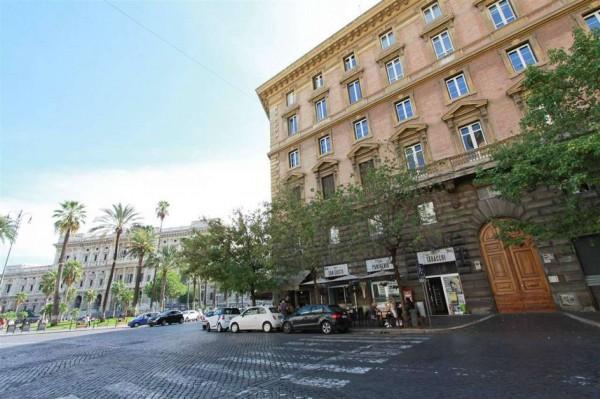 Appartamento in vendita a Roma, Prati, 150 mq