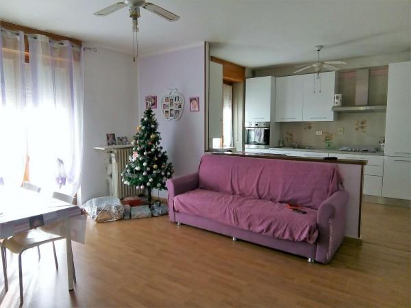 Appartamento in affitto a La Loggia, Semicentrale, Con giardino, 120 mq