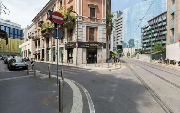 Locale Commerciale  in affitto a Milano, Corso Como, 130 mq - Foto 13