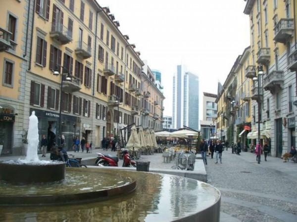 Locale Commerciale  in affitto a Milano, Corso Como, 130 mq - Foto 1