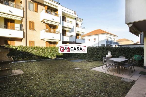 Appartamento in vendita a Desio, San Vincenzo / Spaccone, Con giardino, 68 mq